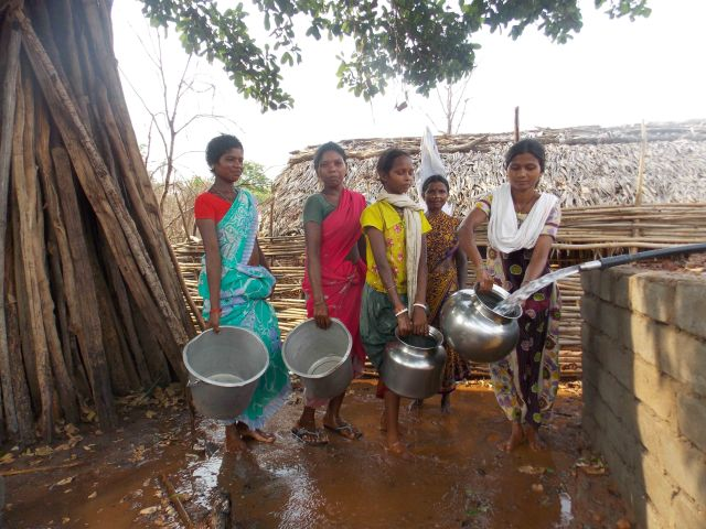 20.Collecting drinking water by village women